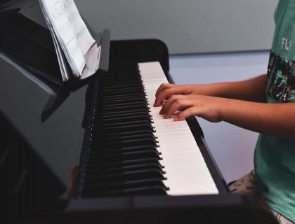 Θεραπευτική η μαγεία της μουσικής…