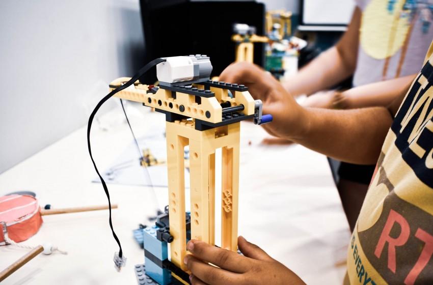 Πληροφορικής - Πολυμέσων και Ρομποτικής